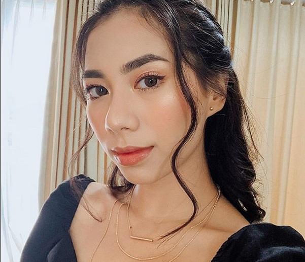 https: img.okezone.com content 2019 07 28 611 2084612 rahasia-makeup-glowing-ala-abel-cantika-ternyata-gampang-t2SXNh94Gz.jpg
