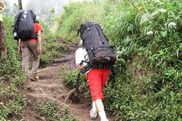 https: img.okezone.com content 2019 07 29 519 2085178 pendakian-ke-gunung-arjuno-masih-ditutup-QTm0TxduUG.jpg