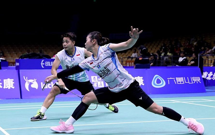 https: img.okezone.com content 2019 07 31 40 2085828 tumbangkan-junior-greysia-apriyani-lolos-ke-babak-kedua-thailand-open-2019-L6F26NpNz5.jpg