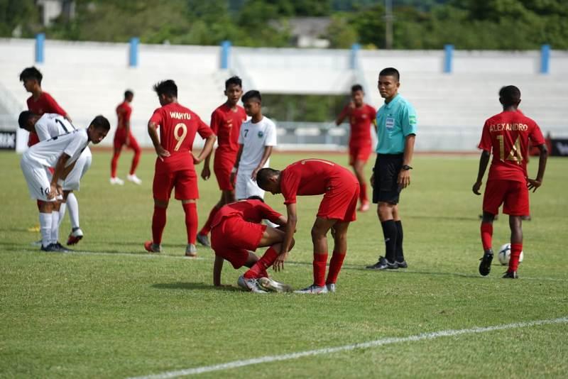 https: img.okezone.com content 2019 07 31 51 2086014 diimbangi-timor-leste-bima-sakti-tetap-apresiasi-penampilan-timnas-indonesia-u-15-LAsonsHpRN.jpeg