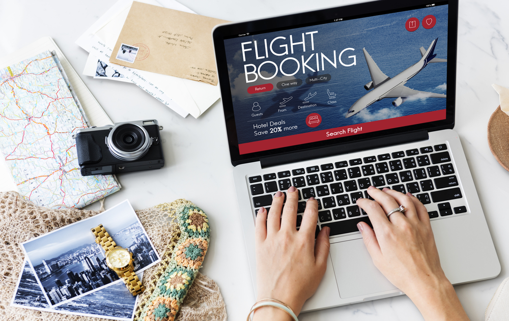 https: img.okezone.com content 2019 08 01 20 2086383 diskon-tiket-pesawat-sumbang-deflasi-dnfHI9Kd65.jpg