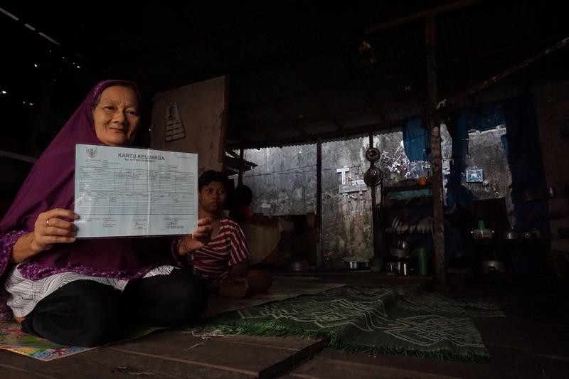 https: img.okezone.com content 2019 08 01 340 2086473 potret-kemiskinan-di-balik-kemajuan-kota-pontianak-vtwJVejRI0.jpg