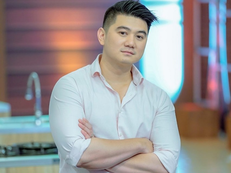 https: img.okezone.com content 2019 08 02 298 2086996 chef-arnold-ditanya-netizen-tips-olah-daging-babi-agar-tidak-haram-begini-jawabannya-gzzPUGQA7r.jpg