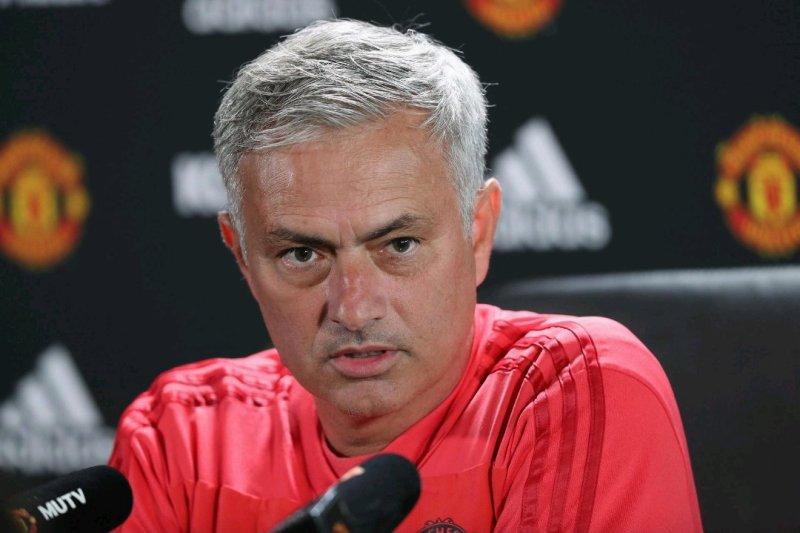 https: img.okezone.com content 2019 08 02 45 2086887 mourinho-kecewa-prestasinya-di-man-united-dianggap-remeh-4gRDbL3miF.jpg