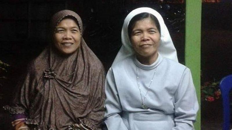 https: img.okezone.com content 2019 08 05 614 2087644 belajar-menghargai-perbedaan-dari-kisah-anak-kembar-beda-agama-3RSdcRsKKB.JPG