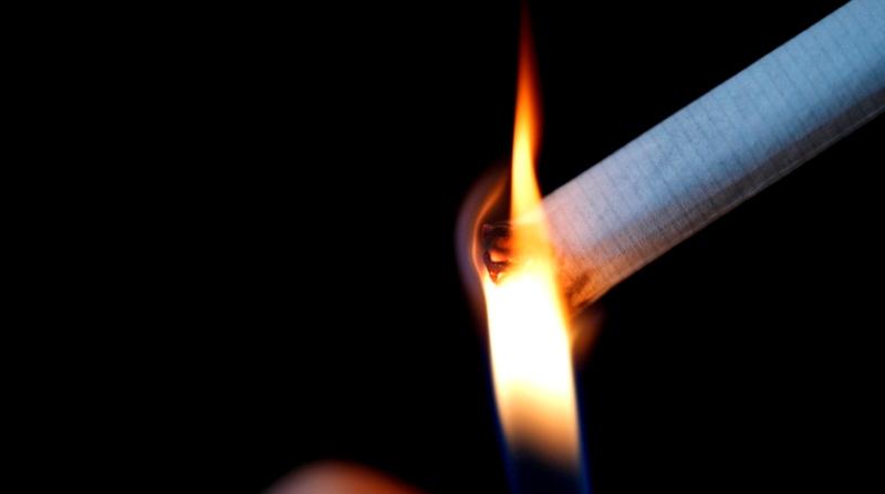 https: img.okezone.com content 2019 08 06 340 2088373 jangan-merokok-sembarangan-di-mentawai-kalau-tak-mau-bayar-denda-rp50-juta-FF09p2hHfo.jpg