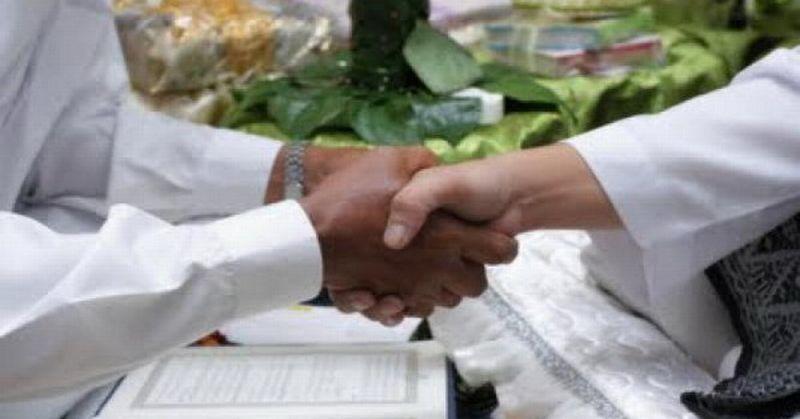 https: img.okezone.com content 2019 08 10 614 2090183 viral-kisah-intan-permata-bagaimana-hukumnya-batalkan-pernikahan-karena-ditipu-XtUsmwePiW.jpg