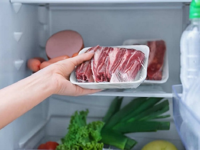 https: img.okezone.com content 2019 08 12 298 2090871 tips-simpan-daging-kurban-di-kulkas-idealnya-berapa-lama-rvZveH6HMw.jpg