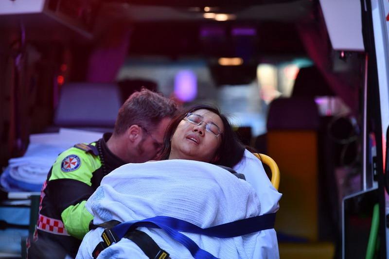 https: img.okezone.com content 2019 08 13 18 2091317 mayat-wanita-ditemukan-dekat-lokasi-penusukan-di-pusat-kota-sydney-Z0g3Egu7h2.jpg