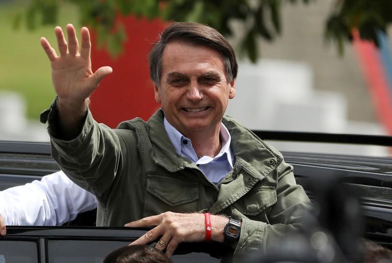 https: img.okezone.com content 2019 08 14 18 2091892 presiden-brasil-usulkan-buang-air-besar-di-hari-berselingan-demi-selamatkan-lingkungan-9ks24qaMwf.jpg