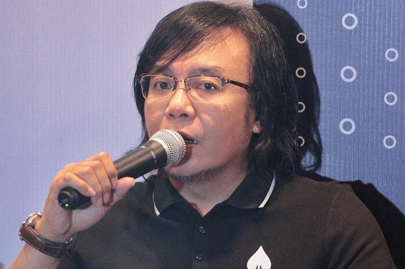 https: img.okezone.com content 2019 08 15 205 2092358 ari-lasso-siap-gelar-konser-solo-di-3-kota-8FC52zQkxd.jpg