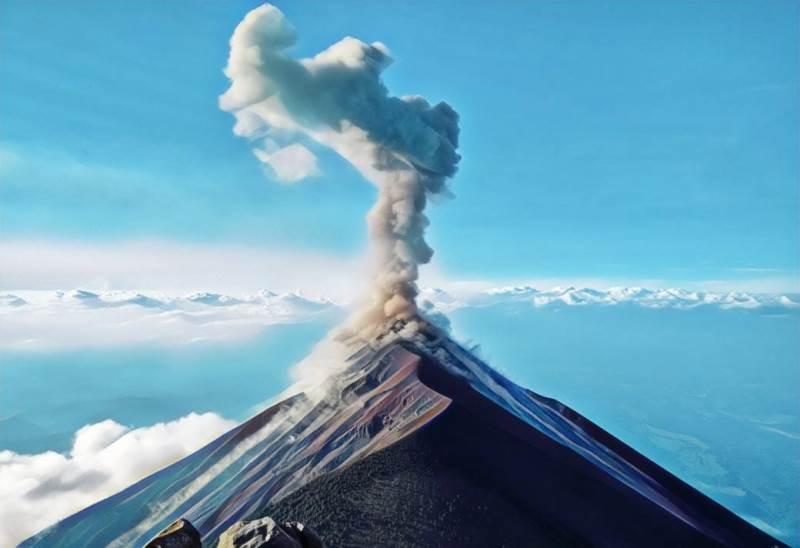 https: img.okezone.com content 2019 08 15 340 2092151 gunung-ibu-dilanda-369-kali-gempa-statusnya-waspada-GFHr3kxPiR.jfif