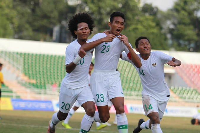 https: img.okezone.com content 2019 08 15 51 2092167 menilik-calon-lawan-timnas-indonesia-u-18-di-semifinal-piala-aff-u-18-2019-ZYhKhR1BO4.jpg