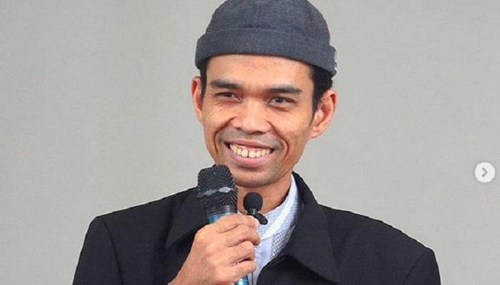 https: img.okezone.com content 2019 08 15 614 2092347 ini-tips-bahagia-ustad-abdul-somad-yJSMVTpbqZ.jpg