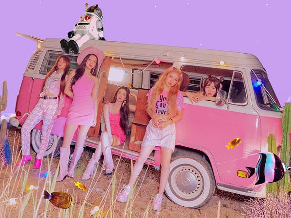 https: img.okezone.com content 2019 08 16 194 2092756 intip-fashion-serba-pink-red-velvet-senilai-puluhan-juta-di-teaser-album-terbaru-6kQAuAJTJ8.jpg