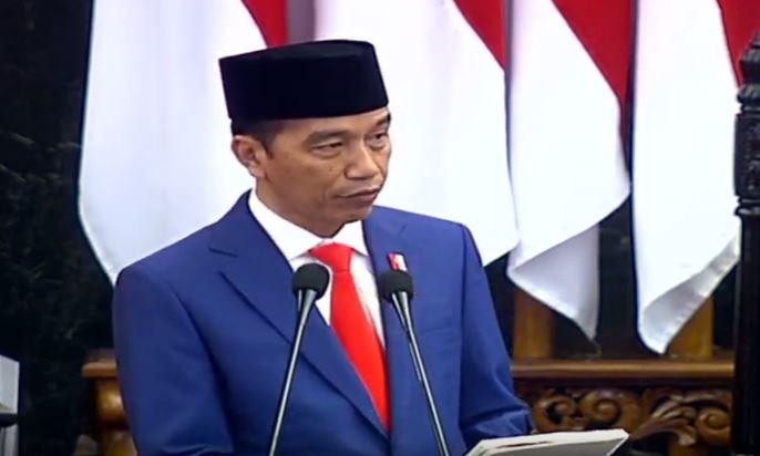 https: img.okezone.com content 2019 08 16 337 2092614 jokowi-indonesia-tak-akan-runtuh-bukan-hanya-untuk-100-tahun-tapi-selamanya-gt3XCZmY4H.JPG