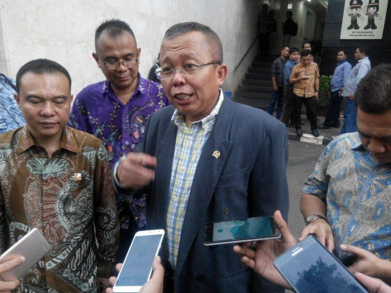 https: img.okezone.com content 2019 08 16 605 2092737 ppp-bakal-fasilitasi-konsep-pembangunan-indonesia-ala-prabowo-ke-jokowi-NuHEFYyZHe.jpg