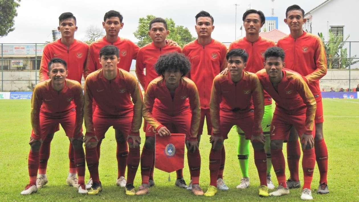 https: img.okezone.com content 2019 08 17 51 2093188 prakiraan-susunan-pemain-timnas-indonesia-u-18-vs-malaysia-dkOXlt9No8.jpg