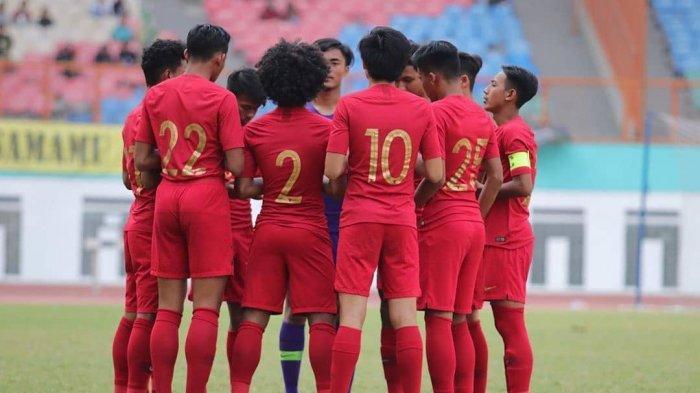 https: img.okezone.com content 2019 08 17 51 2093289 takluk-3-4-dari-malaysia-timnas-indonesia-u-18-gagal-ke-final-piala-aff-u-18-2019-IL6qQNk39E.jpg