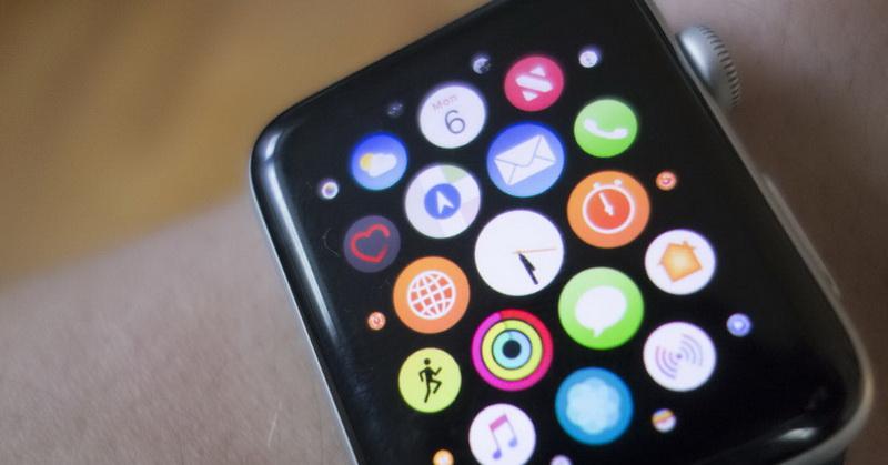 https: img.okezone.com content 2019 08 17 57 2093115 apple-watch-series-5-gunakan-layar-oled-kapan-meluncur-gdl5OHTBuB.jpg