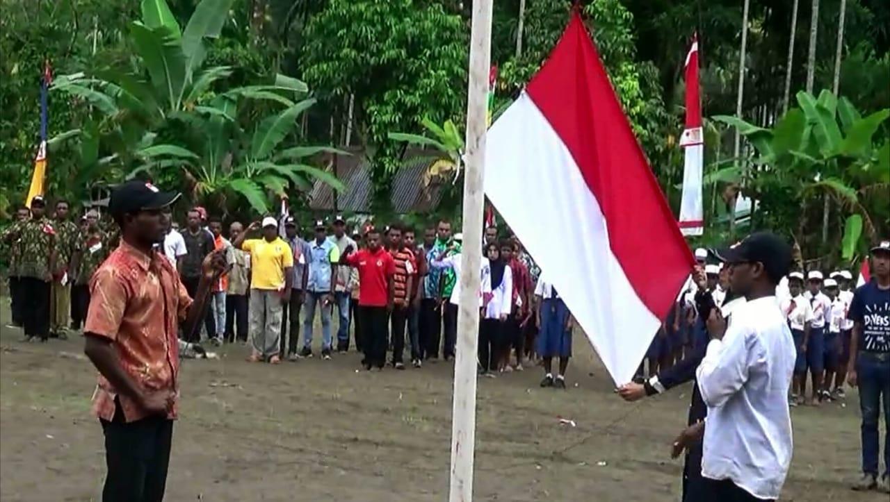 https: img.okezone.com content 2019 08 18 340 2093475 upacara-hut-ri-pertama-kali-mantan-pejuang-kemerdekaan-papua-nkri-harga-mati-Ld5FYg2p8v.jpg