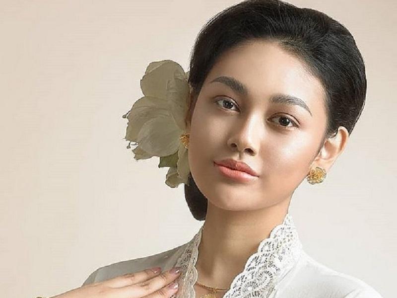 https: img.okezone.com content 2019 08 19 194 2093841 3-cara-princess-megonondo-pertahankan-nilai-kemerdekaan-di-era-modern-wyDw3RNHib.jpg