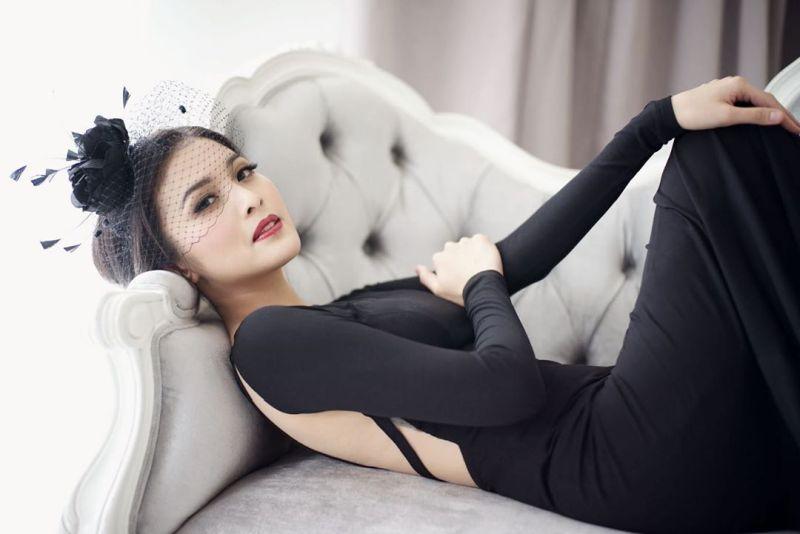 https: img.okezone.com content 2019 08 20 194 2094472 5-bukti-sandra-dewi-tetap-cantik-meski-hamil-tua-HdngrGTxhV.jpg