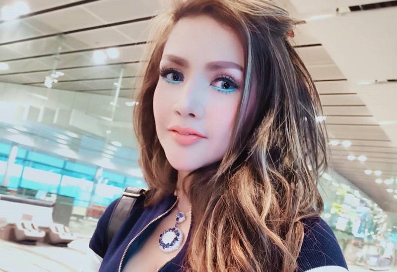 https: img.okezone.com content 2019 08 20 33 2094443 pamer-struk-rp16-juta-barbie-kumalasari-klarifikasi-soal-ponsel-bekas-7n2vwBF7k6.jpg
