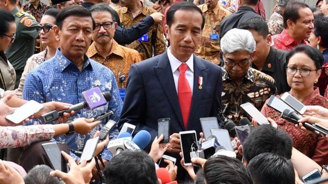 https: img.okezone.com content 2019 08 21 337 2094595 jokowi-kecepatan-yang-akan-membawa-indonesia-jadi-negara-maju-qKwLfcu54i.jpg
