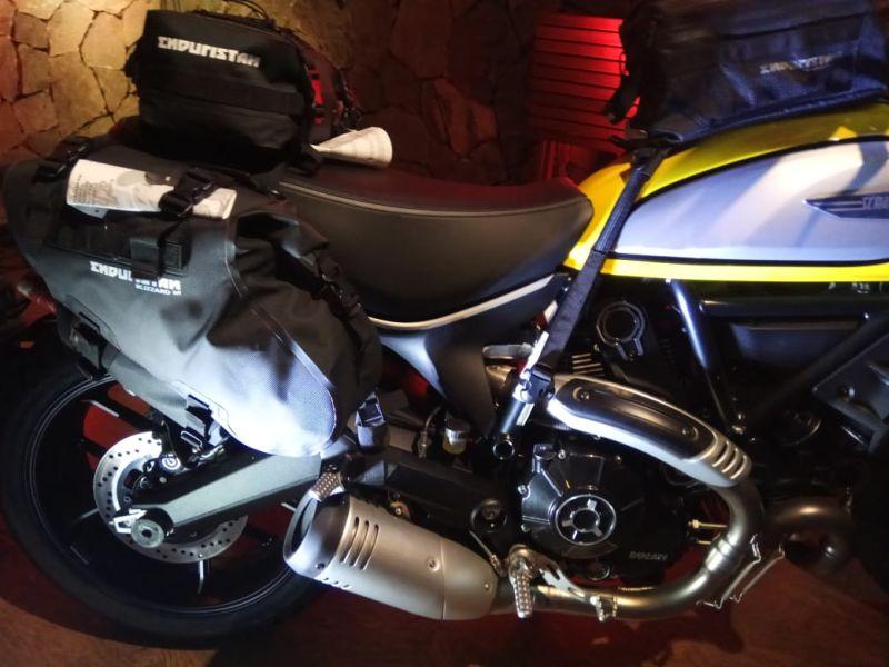 https: img.okezone.com content 2019 08 22 53 2095237 touring-jarak-jauh-bikers-wajib-gunakan-tas-anti-air-untuk-amankan-bawaan-MMuFy7ZxtU.jpg
