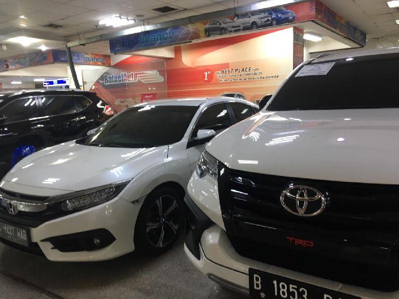 https: img.okezone.com content 2019 08 24 52 2096210 sedan-di-bawah-rp200-juta-cocok-untuk-konsumen-pembeli-mobil-pertama-zKHmVnxIaM.jpg