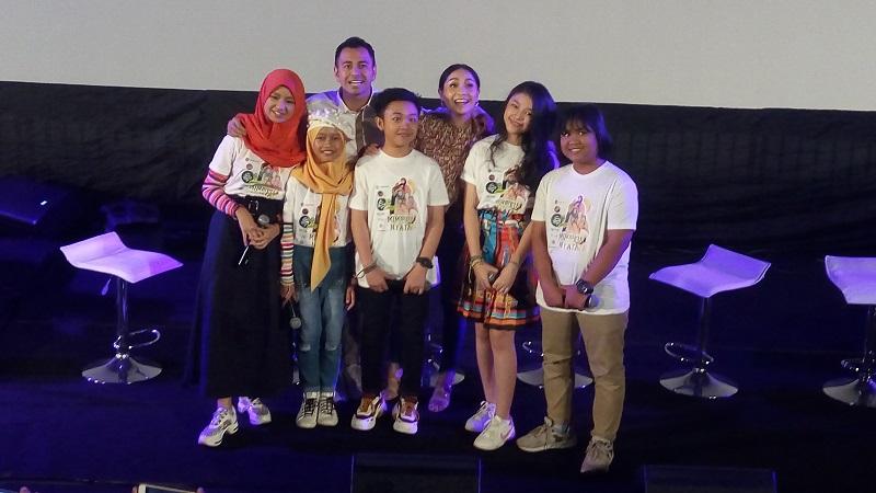 https: img.okezone.com content 2019 08 25 205 2096354 finalis-indonesian-idol-junior-gelar-konser-bertajuk-mimpiku-jadi-nyata-wNJDMLOXNu.jpg