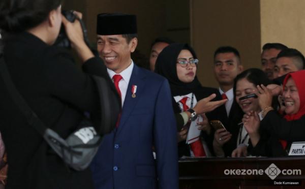 https: img.okezone.com content 2019 08 26 337 2096743 sejumlah-nama-baru-calon-menteri-jokowi-mencuat-versi-survei-pemilih-fEgypYTBLT.jpg