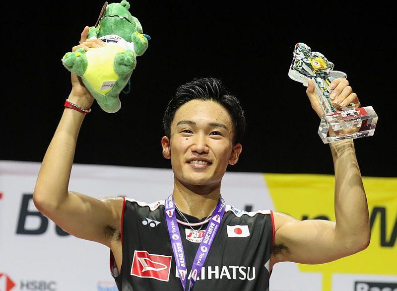 https: img.okezone.com content 2019 08 26 40 2096908 meski-pertahankan-gelar-juara-dunia-momota-akan-cari-jurus-baru-pMOc25Xcjn.jpg