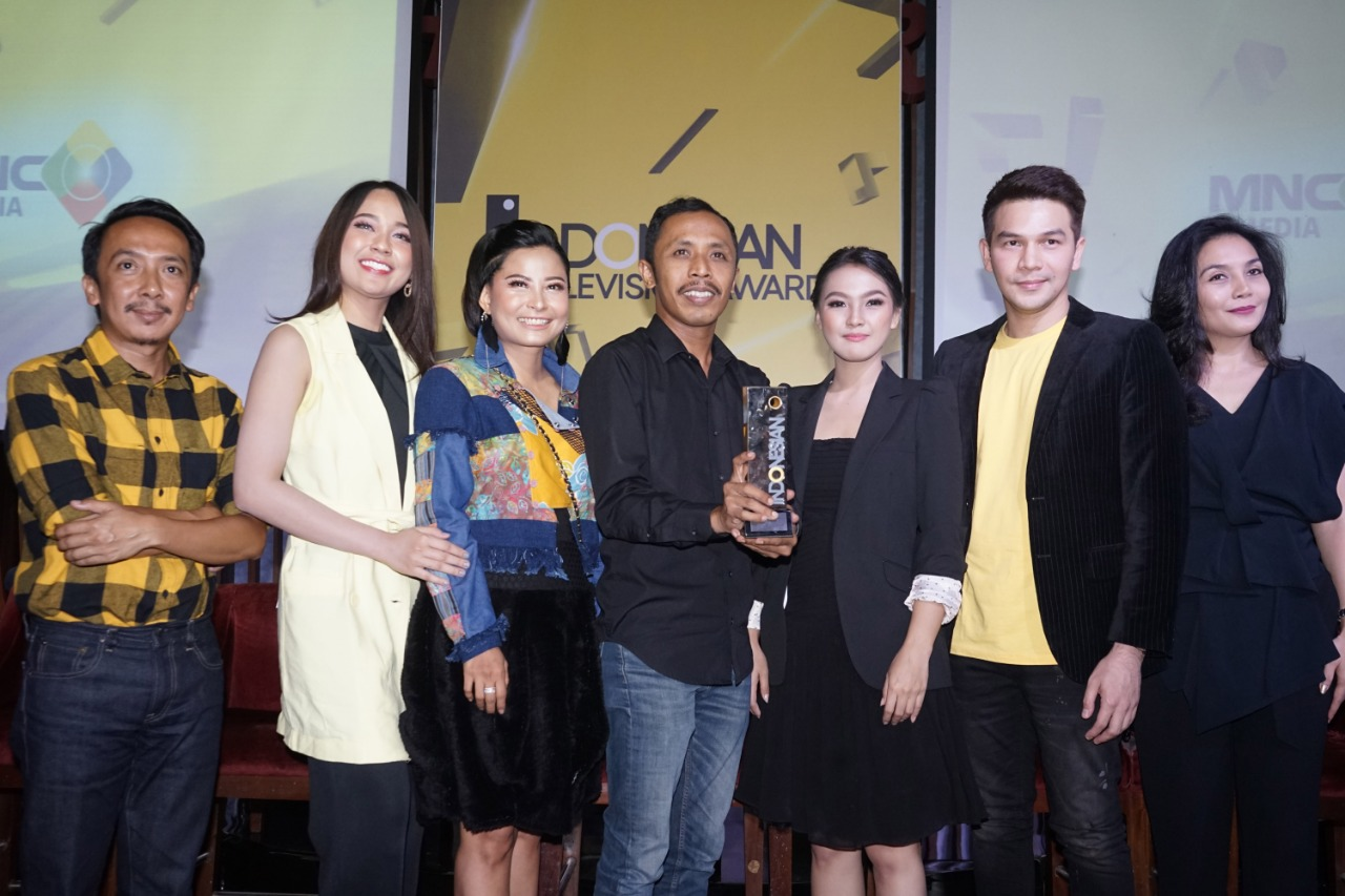https: img.okezone.com content 2019 08 26 598 2096871 daftarkan-lengkap-nominasi-indonesian-television-awards-2019-04nQMQ4UEe.jpg