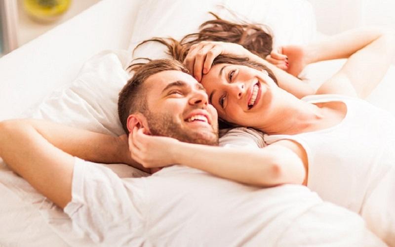 https: img.okezone.com content 2019 08 27 485 2097386 di-jam-ini-gairah-seks-pria-dan-wanita-sedang-memuncak-vD8iKUckHJ.jpg