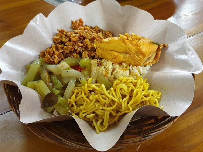 5 Tempat Wisata Kuliner Halal Di Bali Pedasnya Nagih