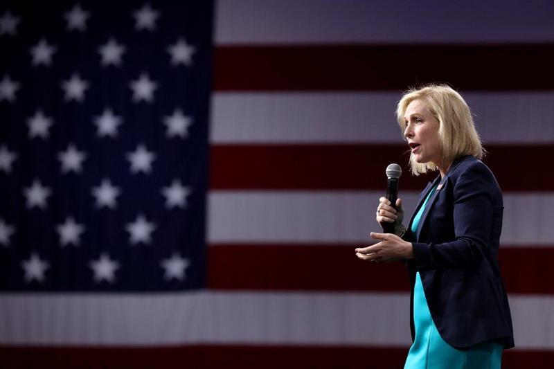 https: img.okezone.com content 2019 08 29 18 2098104 senator-new-york-mundur-dari-pencalonan-presiden-as-2020-eNwD8uBp9T.jpg
