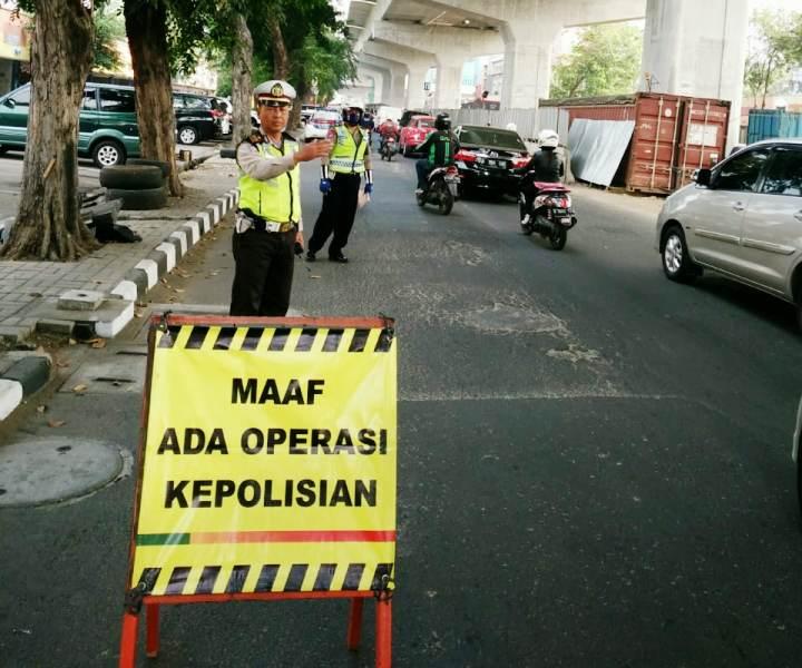https: img.okezone.com content 2019 08 29 337 2097974 operasi-patuh-2019-di-seluruh-indonesia-mulai-digelar-hari-ini-xtB2Bo4ZOe.jpg