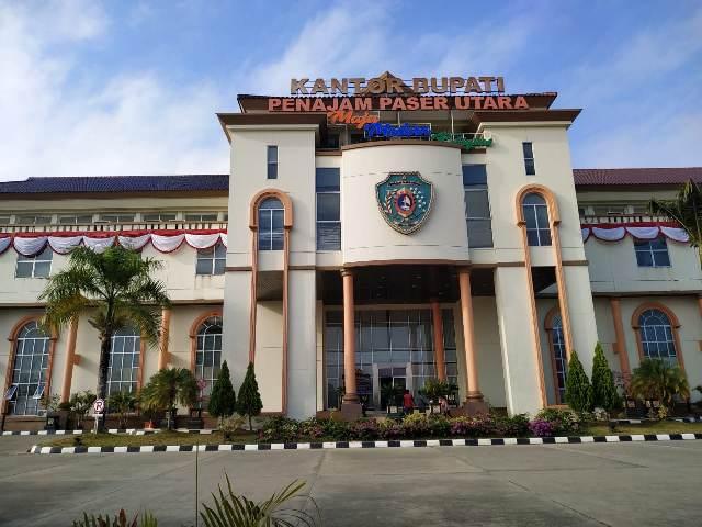 https: img.okezone.com content 2019 08 30 337 2098575 melihat-lebih-dekat-kecamatan-sepaku-pusat-pemerintahan-baru-di-kabupaten-ppu-7FIyho9D9j.jpg
