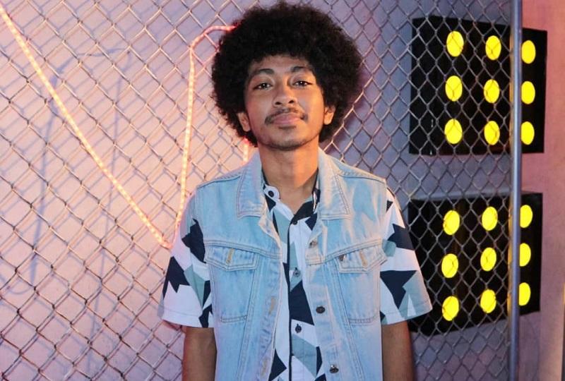https: img.okezone.com content 2019 09 01 598 2099244 penampilan-kelas-dunia-joy-fernando-di-the-voice-indonesia-2019-JHSHiw77EZ.jpg