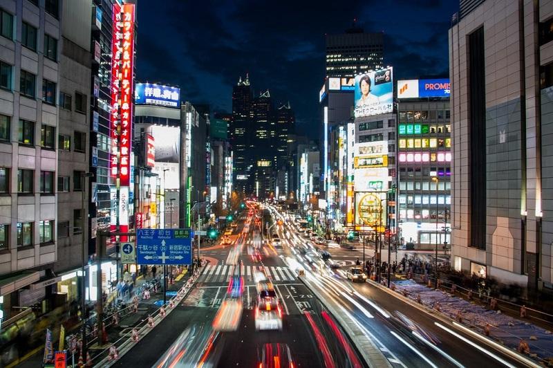 https: img.okezone.com content 2019 09 02 470 2099646 kalahkan-singapura-tokyo-kembali-dinobatkan-sebagai-kota-teraman-di-dunia-hbZplQRWPf.jpg