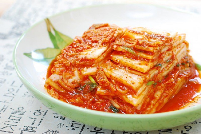 https: img.okezone.com content 2019 09 03 298 2099928 jangan-salah-tak-semua-olahan-kimchi-masuk-kategori-vegetarian-VMeYgQr4YS.jpg