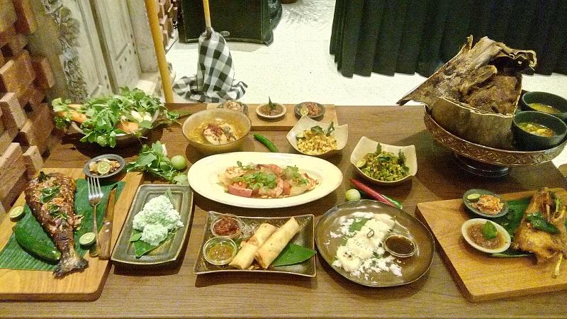 https: img.okezone.com content 2019 09 03 298 2100232 alasan-makanan-indonesia-masih-kalah-pamor-dibanding-makanan-asia-lainnya-GSHYrnfwL3.jpg