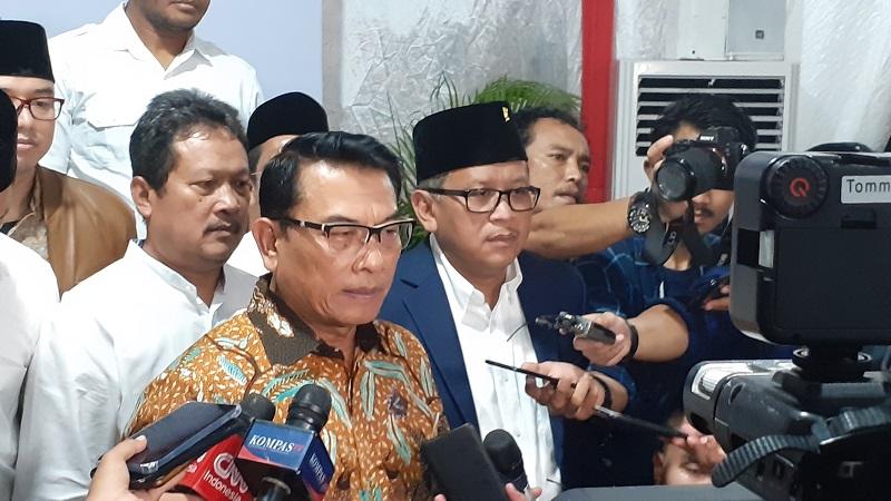 https: img.okezone.com content 2019 09 04 337 2100766 moeldoko-indonesia-tak-pernah-minta-bantuan-as-untuk-selesaikan-masalah-papua-vhEXbaFiyM.jpg