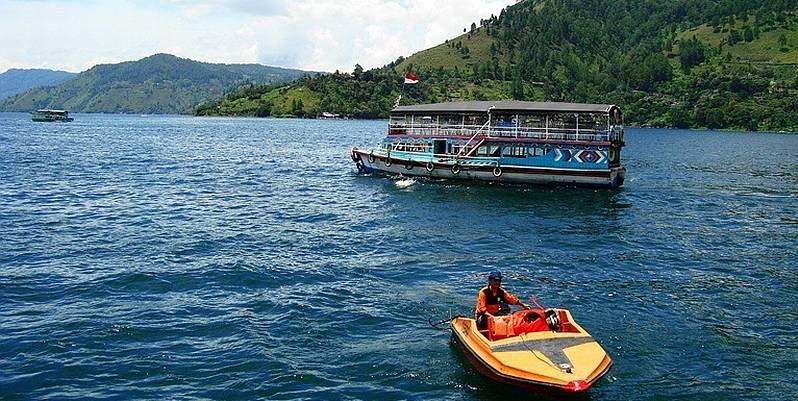 https: img.okezone.com content 2019 09 04 406 2100654 jadi-kontroversi-pemprov-sumut-jelaskan-konsep-wisata-halal-danau-toba-DbMwIlxjSK.jpg