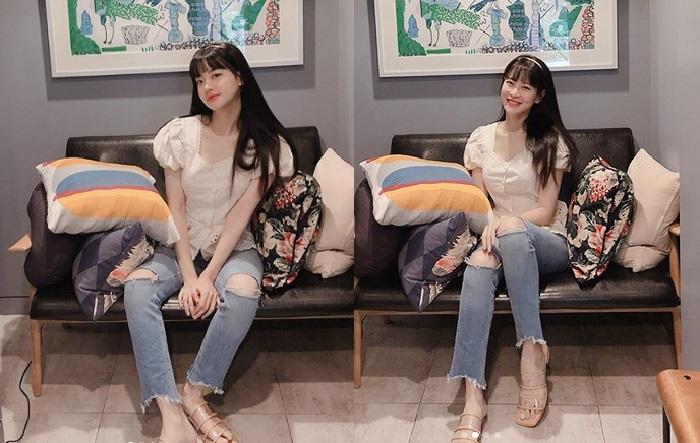 https: img.okezone.com content 2019 09 06 194 2101320 5-inspirasi-gaya-ootd-kasual-vintage-si-cantik-oh-yeon-seo-FURUs5RtXX.jpg