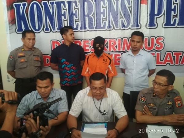 https: img.okezone.com content 2019 09 06 337 2101387 posting-konten-berbau-sara-terkait-papua-warga-makassar-ditangkap-5ww9mA4F3i.jpg