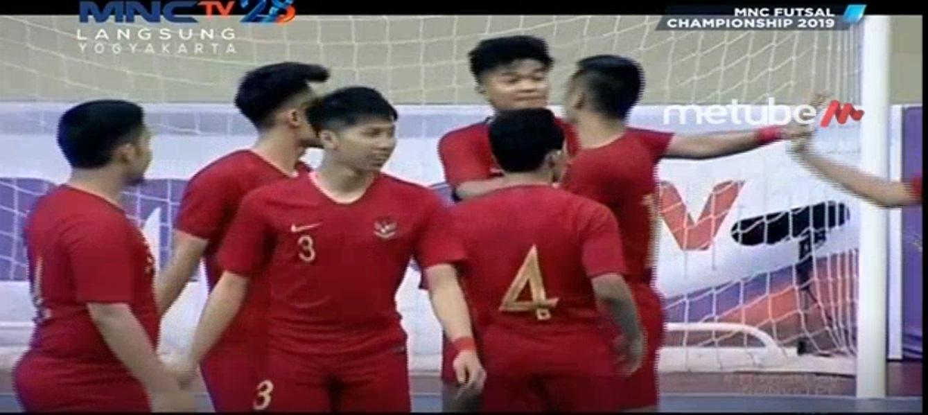 https: img.okezone.com content 2019 09 06 51 2101490 timnas-futsal-indonesia-gilas-taiwan-dengan-skor-telak-7-0-KHfnqzh8px.jpg