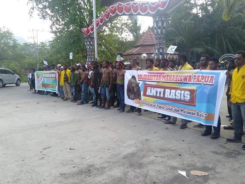 https: img.okezone.com content 2019 09 07 337 2101787 dugaan-kekerasan-terhadap-jurnalis-di-papua-barat-mulai-diselidiki-3HeTbw9Kuz.jpg
